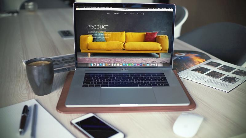 ¿Cómo ganar dinero con un sitio web?